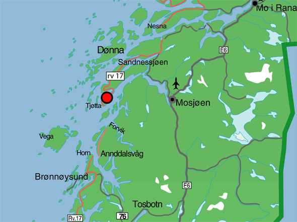 tjøtta kart Offersøy Camping   ved foten av De Syv Søstre ved Sandnessjøen tjøtta kart