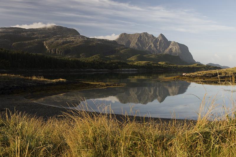 Foto: Erlend Haarberg. Dønnamannen er en av de flotteste toppturene på Helgeland.